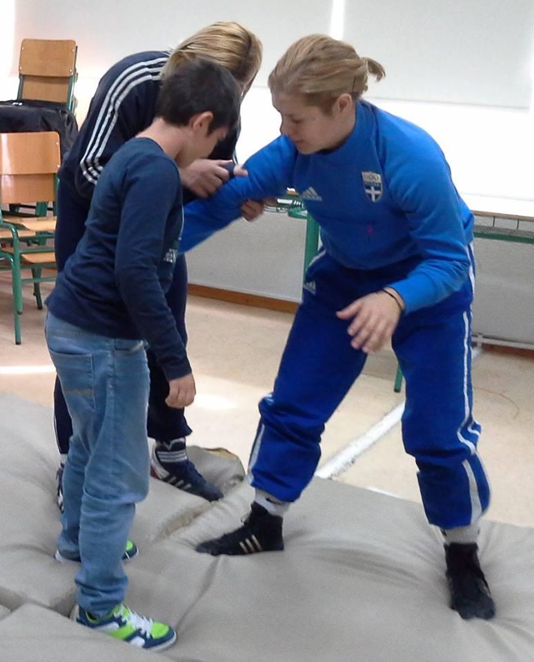 Σέβομαι την Διαφορετικότητα γνωρίζω τον αθλητισμό - Βούλα Ζυγούρη - Μαρία Λουίζα Βρυώνη 3